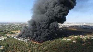 Incendio en la fábrica de Ybarra