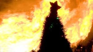 Los árboles de Navidad también se incendian