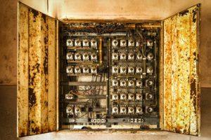 incendio origen eléctrico: cómo apagarlo